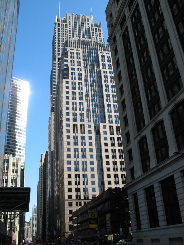 AT&T-Skyscraper-Center-View.jpg
