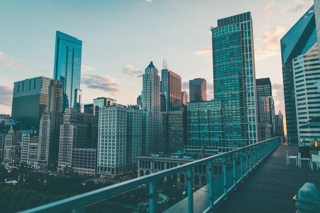 Chicago-skyscraper-from-railing.jpg