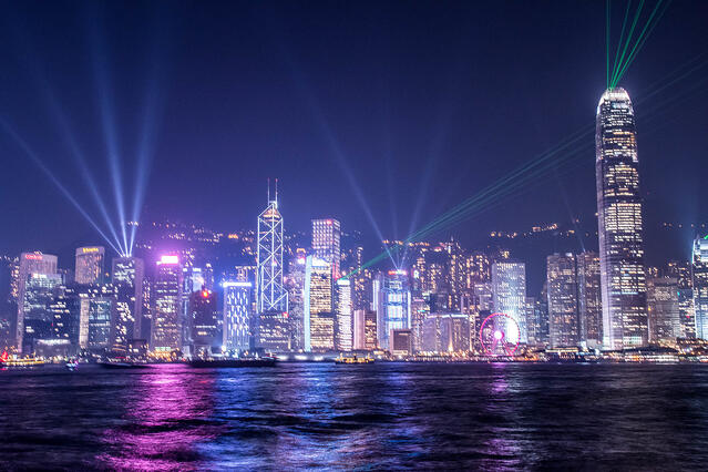 Symphony-of-Lights_Hong-Kong_Ben-Silverman