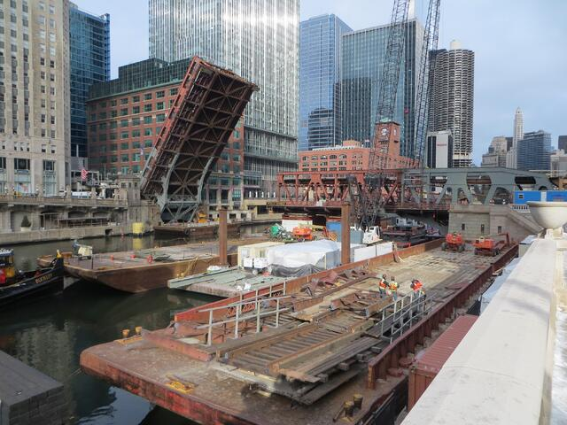 Chicago Wells Street Bridge Construction