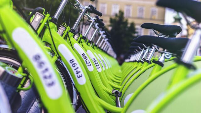 green-bikes-in-line